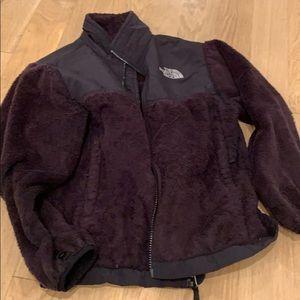 Black north face fleece jacket